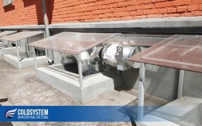 Монтаж вентиляции в бассейне аквацентра